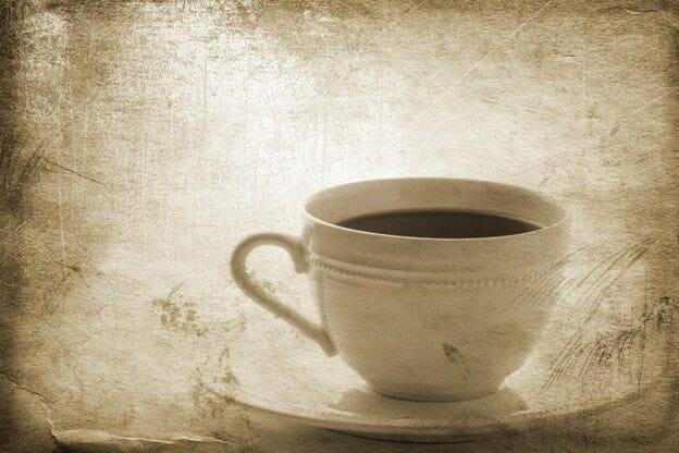 Nostaljik görüntü filtreli çay fincanı
